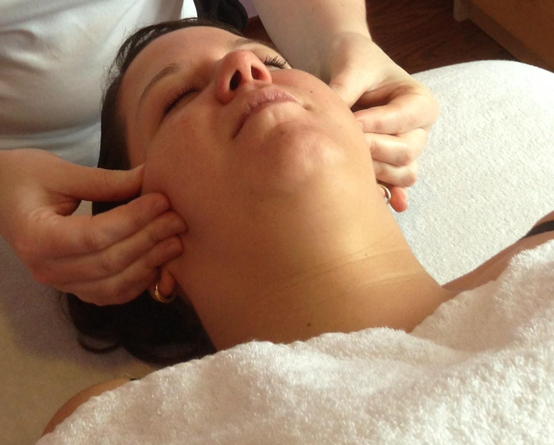 ontspannend massage donkere huid in Middelburg