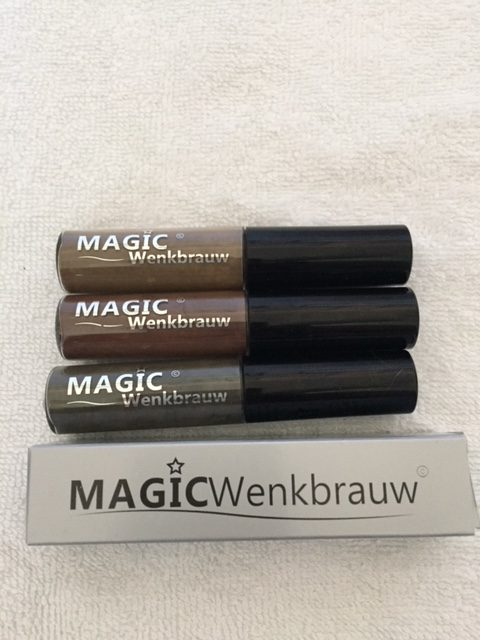Magic wenkbrauw